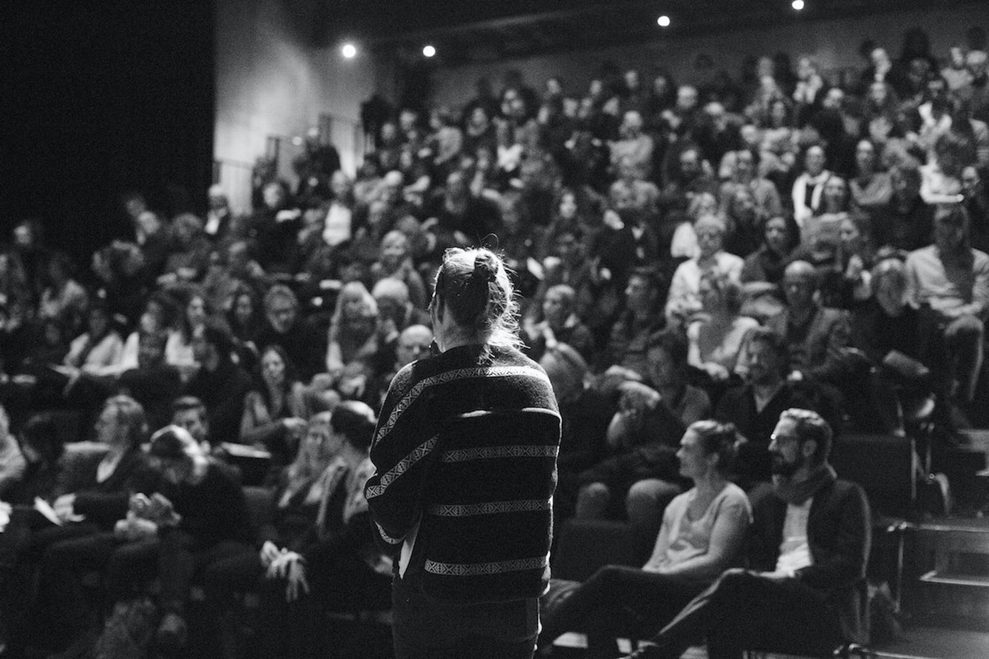 Publikum Architecture Matters 2016 in der Reaktorhalle, München
