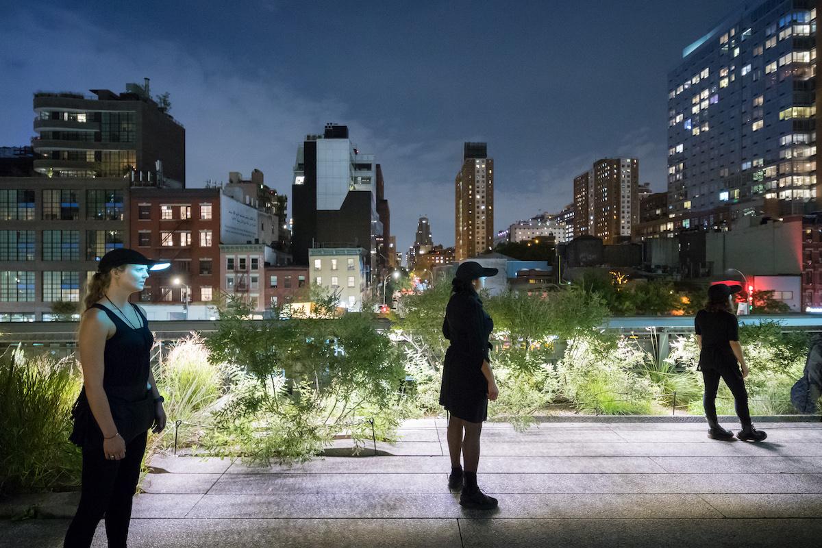 Diller Scofidio + Renfro The Mile-Long Opera, Performance von Elizabeth Diller im Highline Park New York Interview Nadin Heinich FAZ